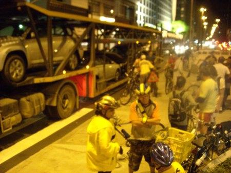 2008-11-30-bicicletada_novembro_sp21